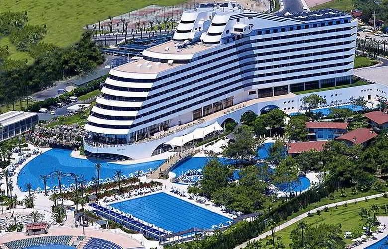 Titanic Beach & Resort De Luxe Hotel - Hotel - 0