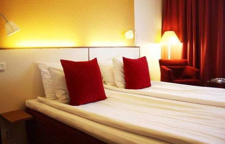 Best Western Plaza - Hotel - 2