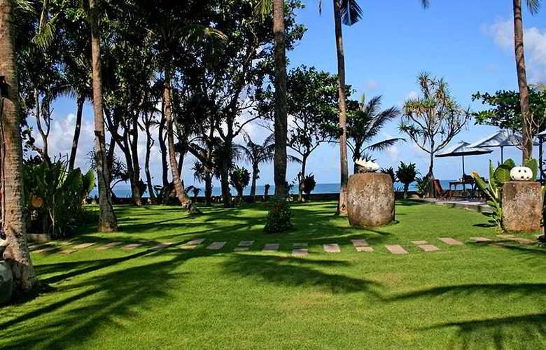 Legong Keraton Beach - Hotel - 0