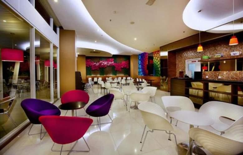 Favehotel Wahid Hasyim Jakarta - Restaurant - 13