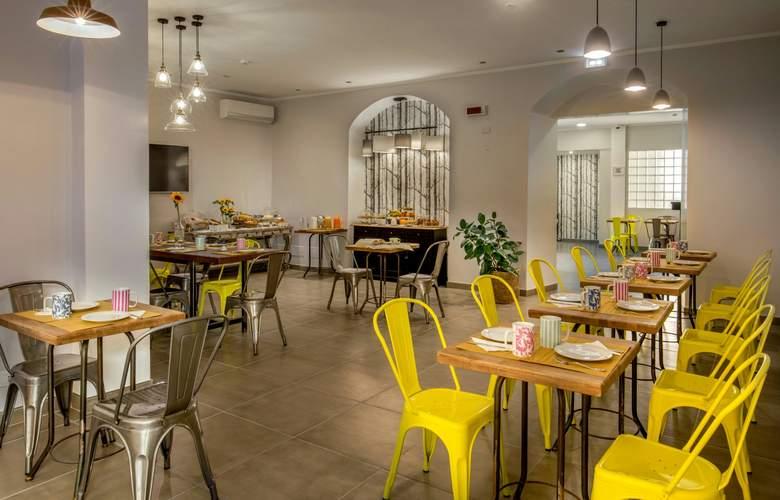 Urban Garden - Restaurant - 3