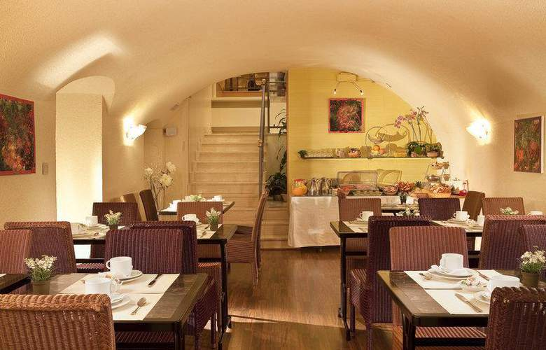 Best Western Anjou Lafayette Opéra - Restaurant - 33