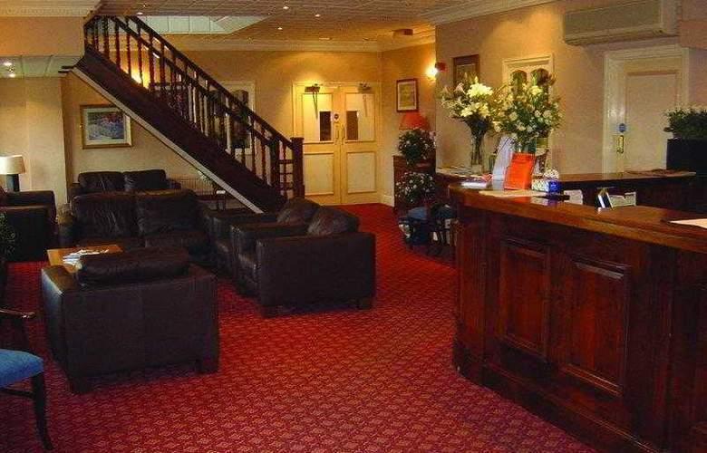 Best Western Consort Hotel - Hotel - 13