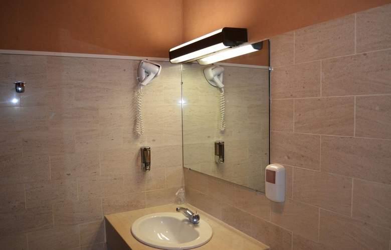 Goldhotel - Room - 12
