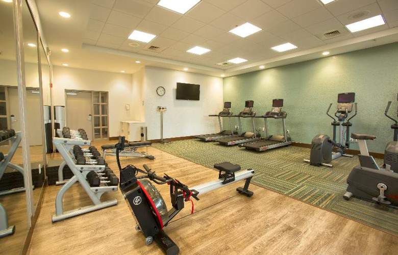 Holiday Inn Express & Suites S Lake Buena Vista - Sport - 4
