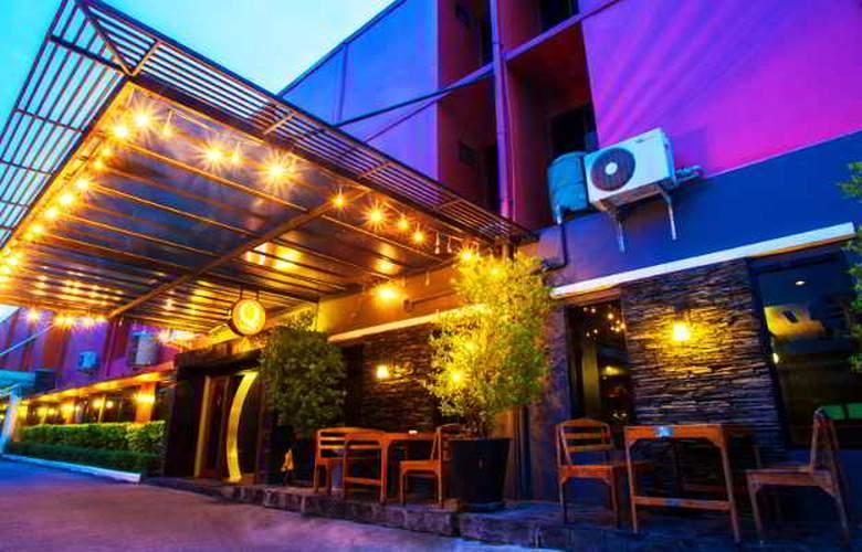 Q Hotel Bangkok - Hotel - 4