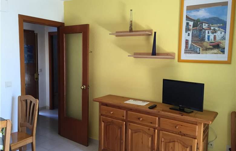 Paraiso 10 Gestaltur - Room - 4