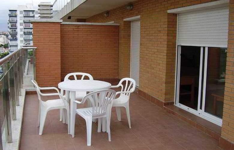 Villa de Madrid - Terrace - 2