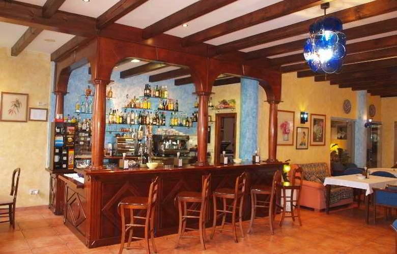 El Curro - Hotel - 7