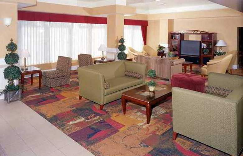DoubleTree by Hilton Livermore - Hotel - 4