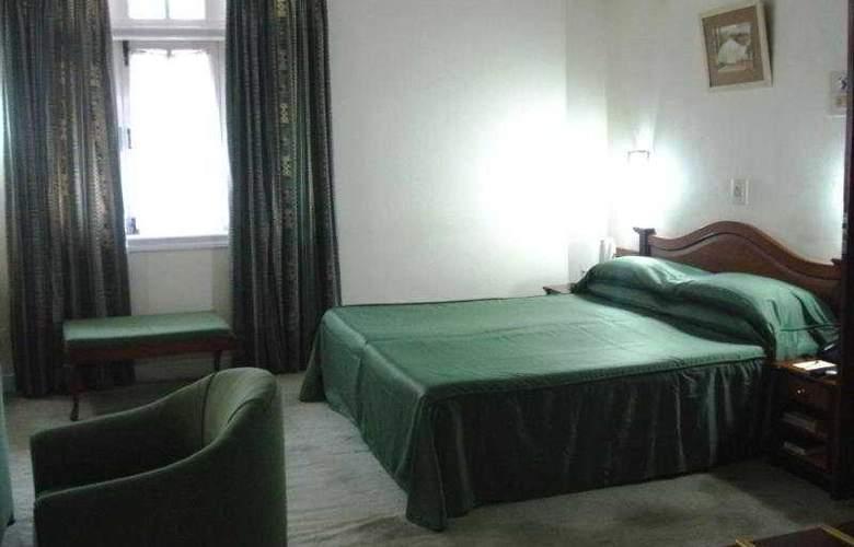 Ritz - Room - 4