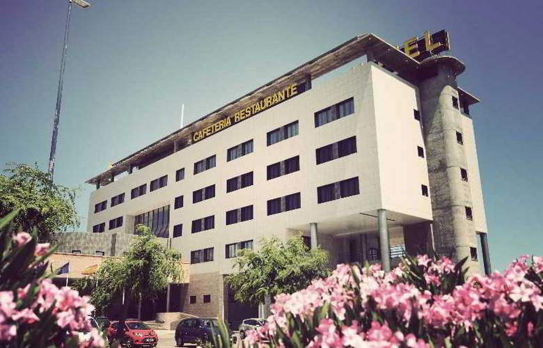 Simba - Hotel - 0