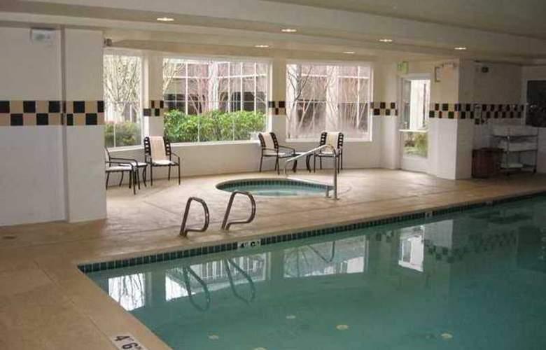 Hilton Garden Inn Seattle- Renton - Hotel - 7