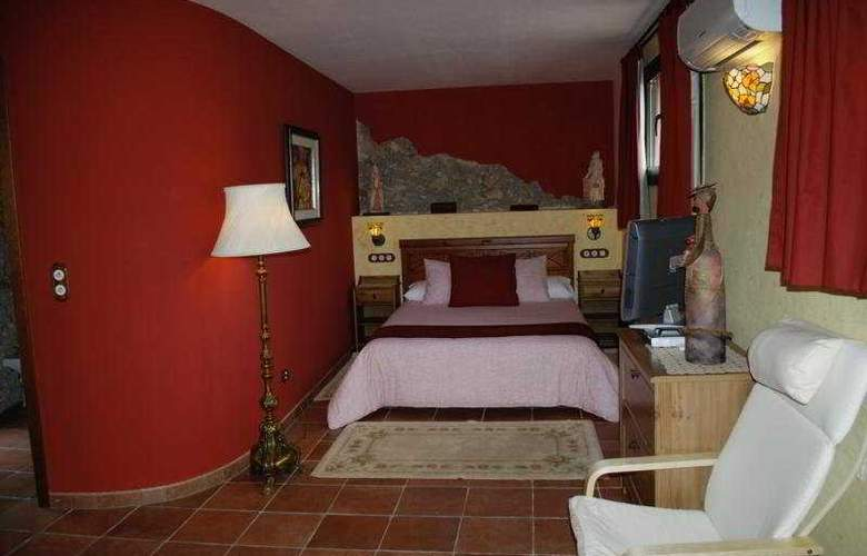 El Moli Hotel Rural - Room - 6