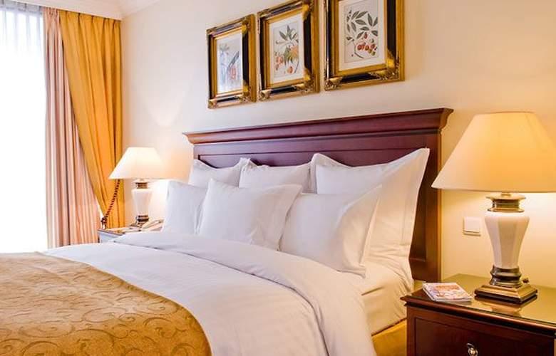 Lisbon Marriott - Room - 10