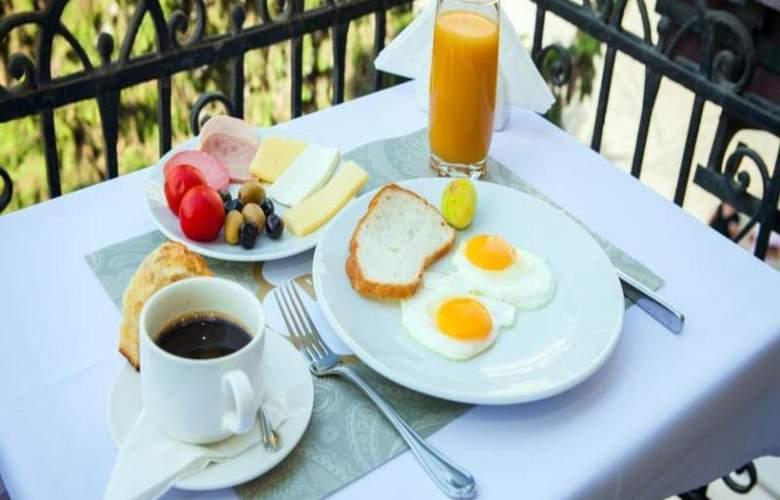 Bristol Hotel Baku - Restaurant - 11