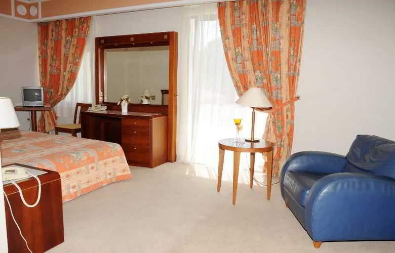 Olympia Palace - Room - 1
