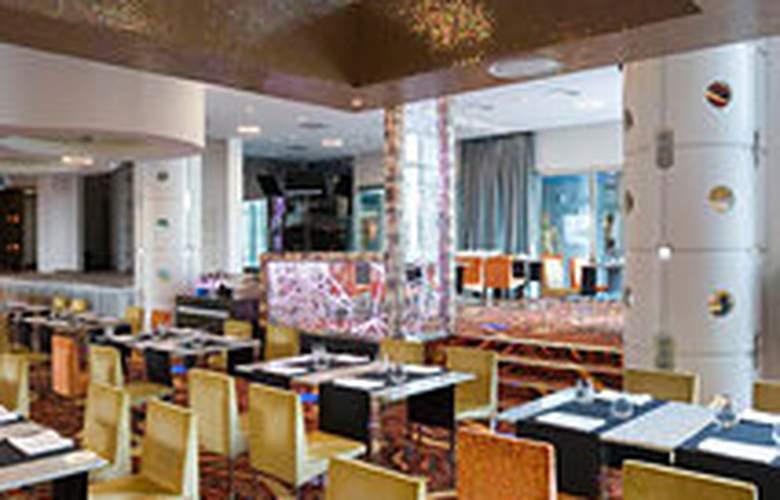 Tallink Spa & Conference Hotel - Restaurant - 6