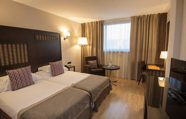 Sercotel Malaga - Room - 10