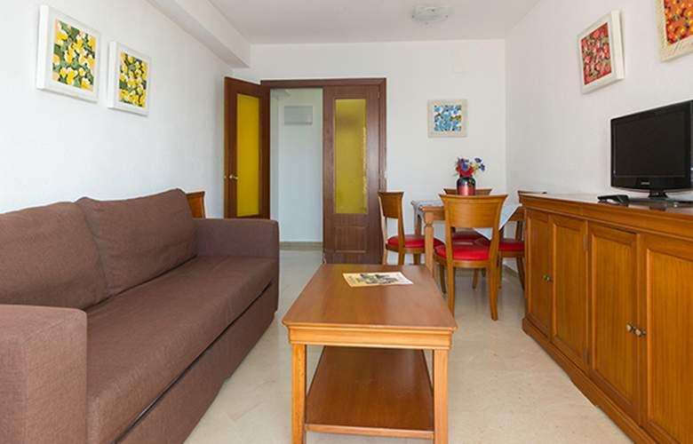 Varios Apartamentos Beninter - Room - 5