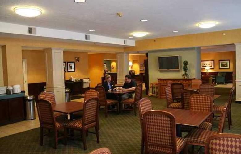 Hampton Inn Concord Bow - Hotel - 10