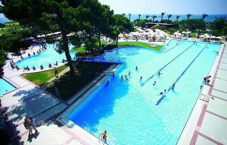 Sillyum Hotel & Marek Villas - Pool - 4