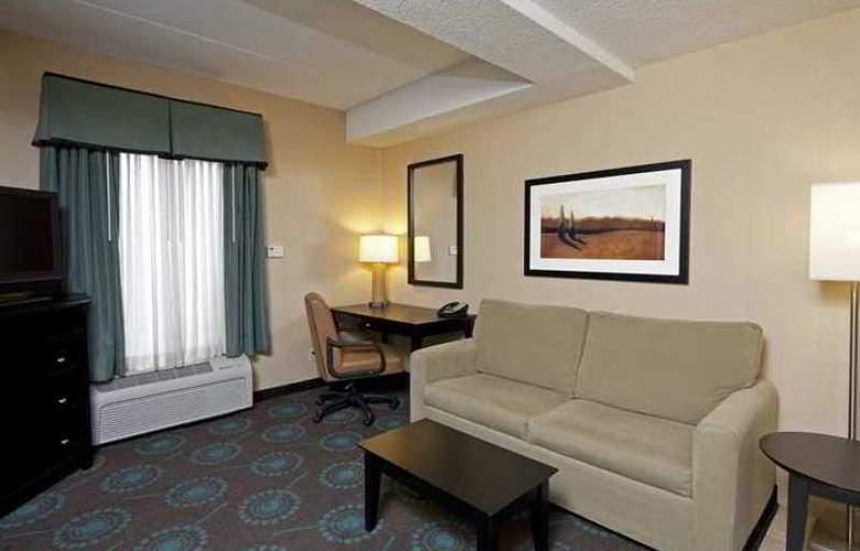 Hampton Inn Bloomington - Hotel - 4