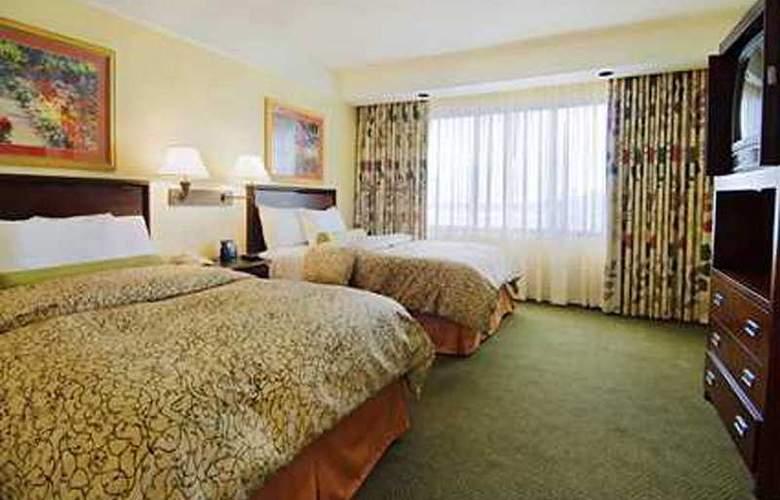 Embassy Suites Secaucus/ Meadowlands - Room - 2