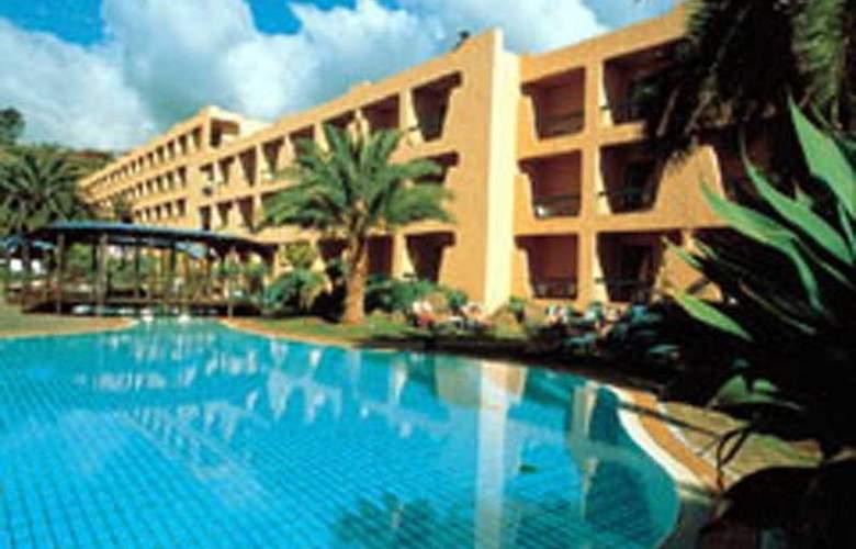 Dom Pedro Garajau - Hotel - 0