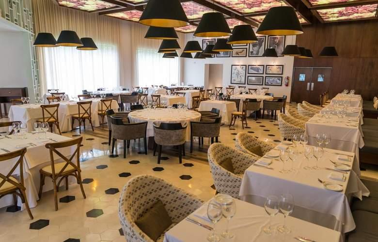 Sandos Playacar Beach Experience Resort - Restaurant - 11