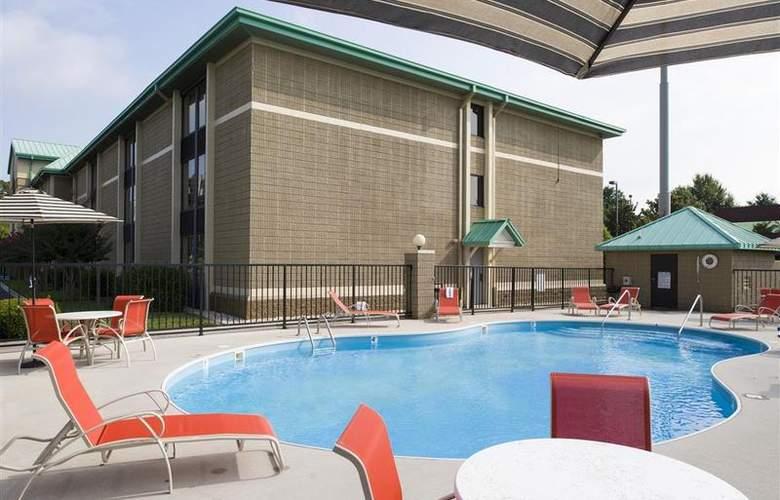 Best Western Cedar Bluff - Pool - 61