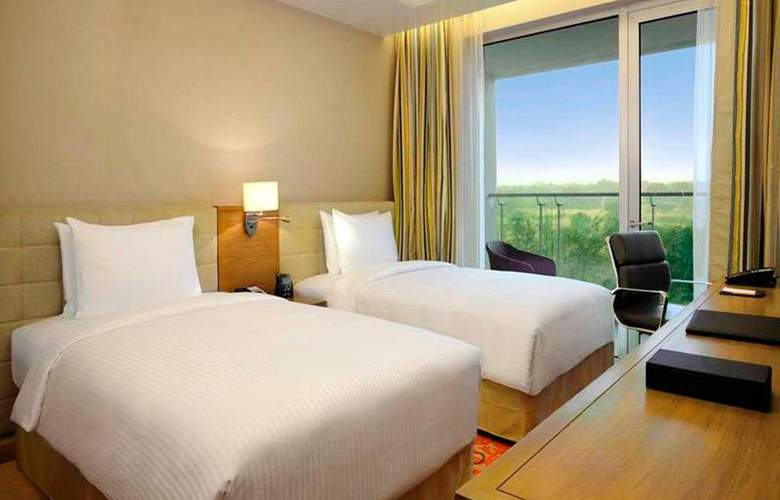 DoubleTree by Hilton Bangalore Outer Ring Road - Room - 13