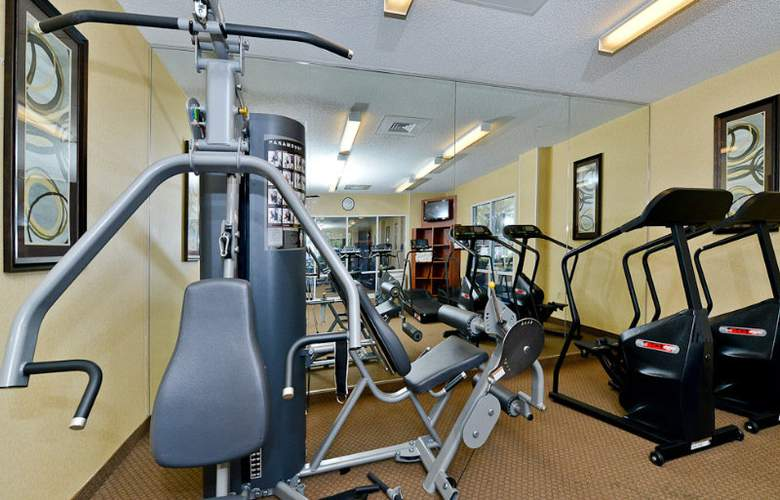 Comfort Inn & Suites Convention Center - Sport - 7