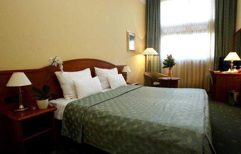 Hotel Globo - Room - 1