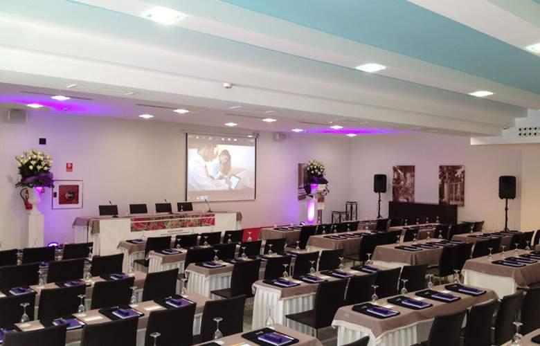 Jardines de Lorca - Conference - 24