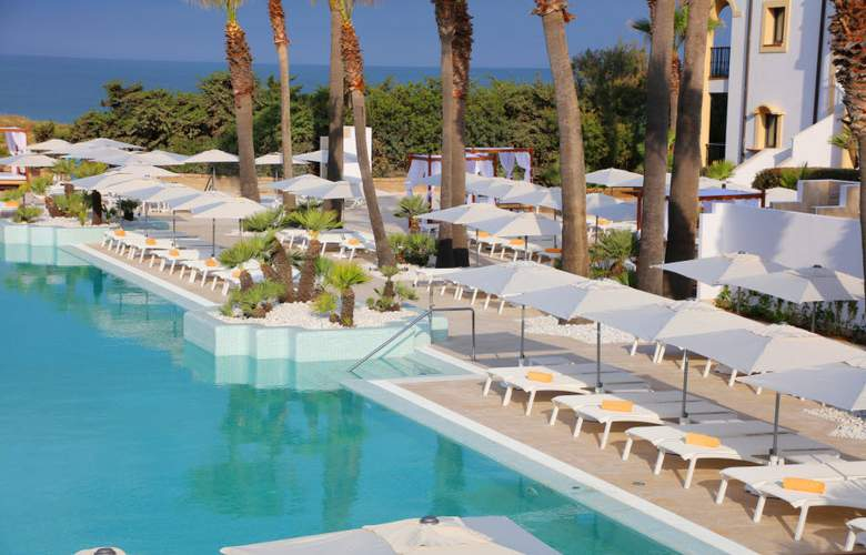Iberostar Selection Andalucia Playa - Pool - 37