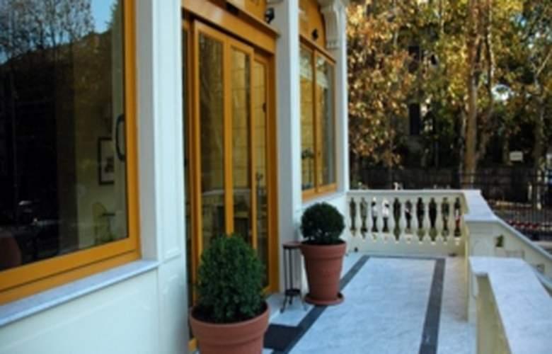 Il Giardino Di Albaro - Hotel - 1