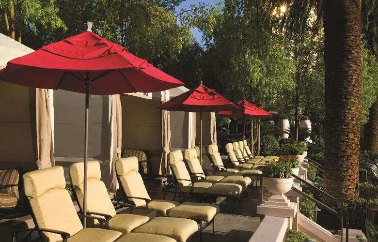 MGM Grand Hotel & Casino - Pool - 12