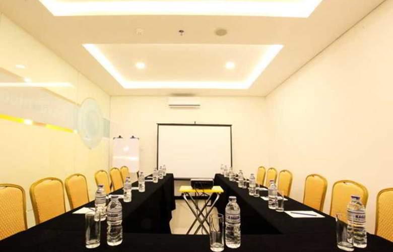 Zodiak Paskal - Conference - 9
