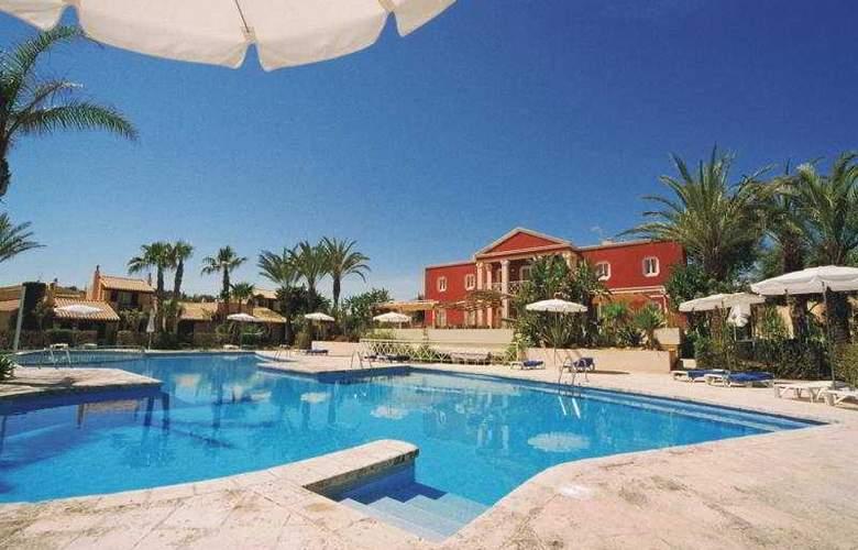 Pueblo Menorquin - Pool - 11