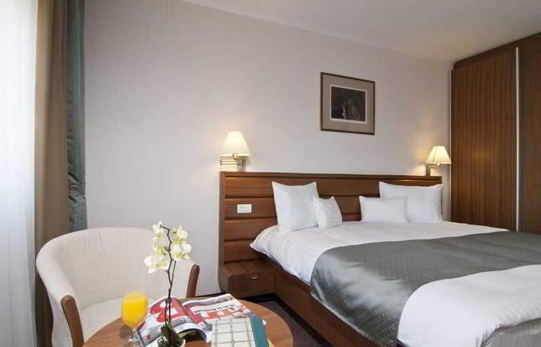 Ramada Cluj Hotel - Room - 13