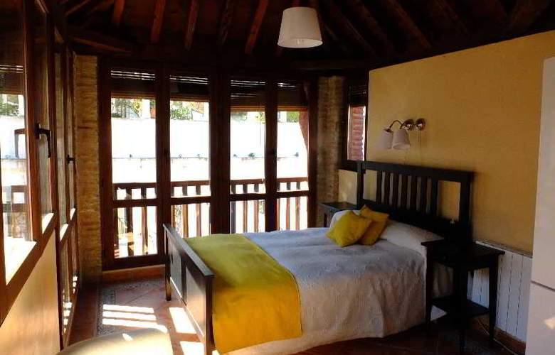 Urban Suites Granada - Room - 6