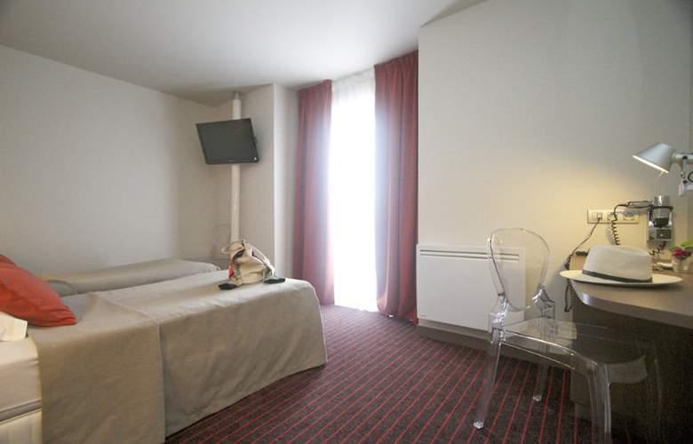 Amiral Nantes - Room - 8
