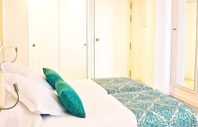 BQ Delfín Azul - Room - 5