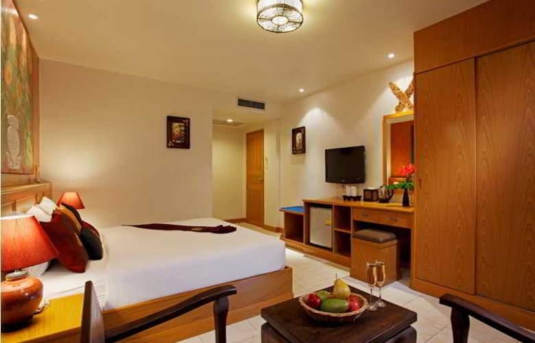 Tanawan Phuket Hotel - Room - 4