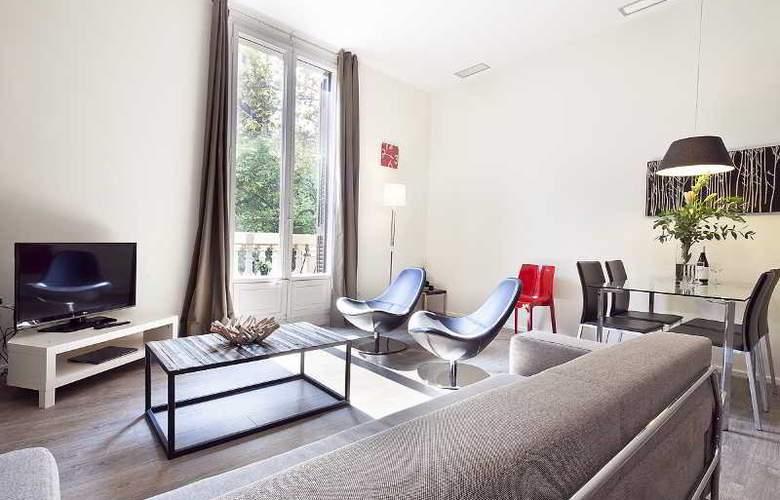 Aspasios 42 Rambla Catalunya Suites - Room - 17