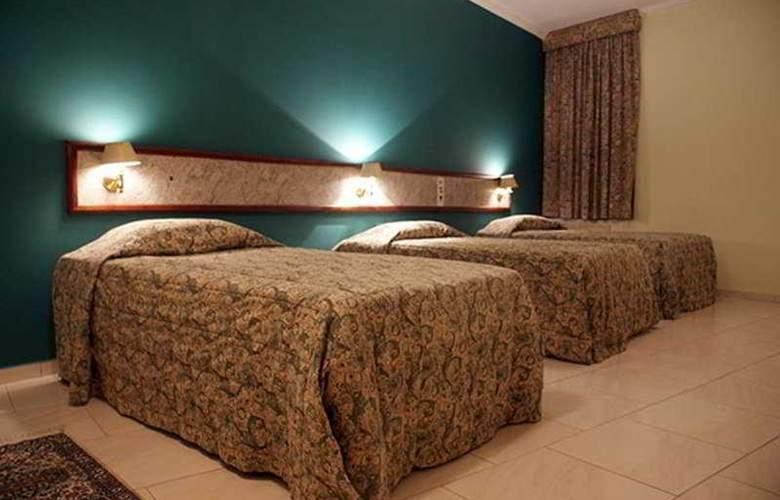 Hotel Del Rey - Room - 3