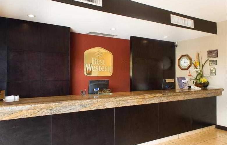 Best Western Monterrey Aeropuerto - Hotel - 32