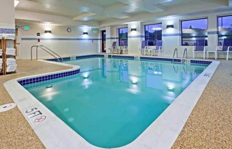 Hampton Inn & Suites Canton - Hotel - 5