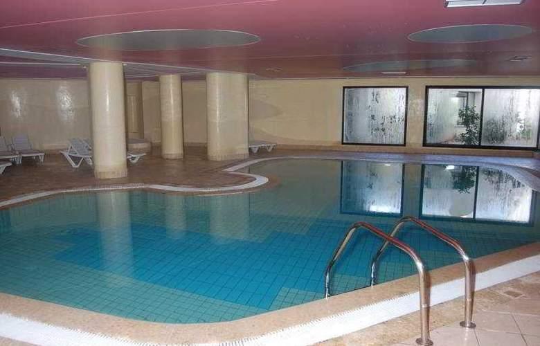Miramar Petit Palais - Pool - 7